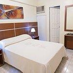 650797 Guest Room