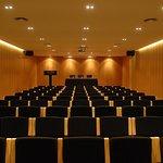 654113 Meeting Room