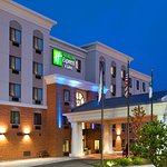 Foto de Holiday Inn Express Hotel & Suites Chicago Airport West