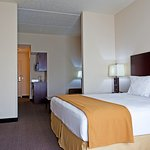 Photo of Holiday Inn Express Hotel & Suites Chicago Airport West