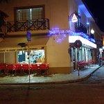 """Cafe """"O Silva"""" a noite."""