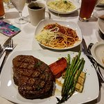 I had the best ribeye I've had in years along with a generous portion of pasta and grilled vegs.