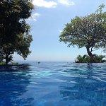 Photo de Puri Mangga Sea View Resort & Spa