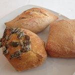 Variedades de panes. Restaurante Albufera by Alejandro del Toro.