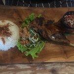 Madani Restaurant ภาพถ่าย