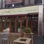 Oak Bar & Bistro