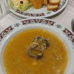 Sopa de pescado y paté de cabracho