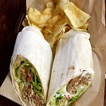 GREEK BIFTEKI WRAP