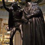 Faust und Mephisto am Eingang zu Auerbachs Keller