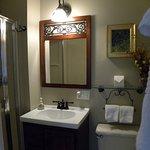 Copeland Room - Bathroom