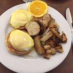 standard eggs benedict