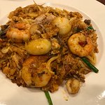 Fried noodles with seafood