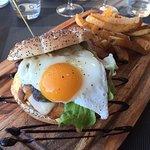 Le J'S Brasserie