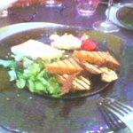 terrine de foie gras (excusé les photos prises avec un portable de faible qualité