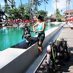 Learn scuba diving in a 5 stars hotel swimming-pool #The Emerald Cove