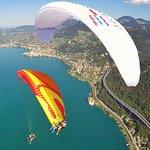 Vol au-dessus du Château de Chillon et Montreux
