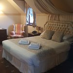 Large bed in room 2a