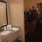 Foto de Days Inn & Suites Plattsburgh