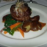 Main - 8 oz Filet Mignon