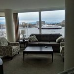 Floor to ceiling windows...panoramic view!