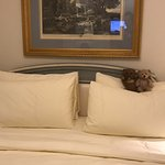 Four Seasons Hotel George V Paris Photo