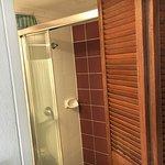 detalle del baño de lo pequeño que es, no se podía hacer desde otro angulo porque no cabia.