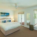 Noosa Entrance Waterfront Resort Photo