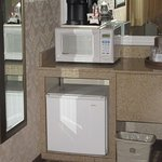 Microwve and Refrigerator, Best Western Garden Inn, Santa Rosa, CA