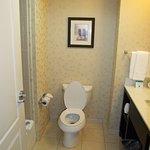 Photo de Holiday Inn Express & Suites Dallas Fair Park