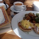 Eggs Benedict for breakfast was a winner. Nice way to enjoy a good book.