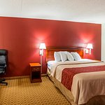 Red Roof Inn Burlington Photo