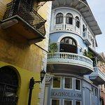 Magnolia Inn from street