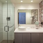 Loft Downstairs Full Bathroom