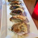 Mixed 1/2 dozen oysters
