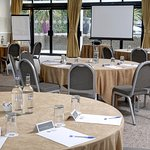 Best Western Plus Manchester Airport Wilmslow Pinewood Hotel Photo