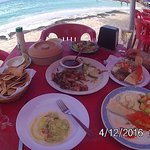 lunch at playa tortugas