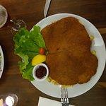 Super leckeres und gigantisches Wienerschnitzel (y)