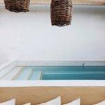 Photo de Teetotum Hotel