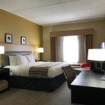 Country Inn & Suites By Carlson, Dalton Foto