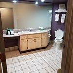 La Quinta Inn & Suites Memphis East-Sycamore View Photo