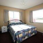 One bedroom cottage - bedroom