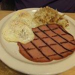Breakfast of eggs hashbrown & ham