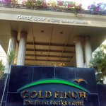 Golden finch Hotel front portico
