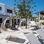 Photo de Contaratos Beach Hotel