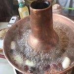 この鍋に入れます。