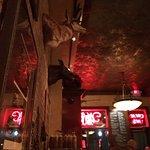 Bounty Hunter Wine Bar & Smokin' BBQ Foto