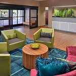 Photo de SpringHill Suites Pasadena Arcadia