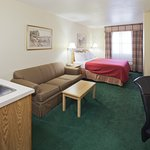CountryInn&Suites Sparta Suite