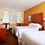 Foto de Four Points by Sheraton Louisville Airport