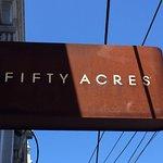 Zdjęcie Fifty Acres